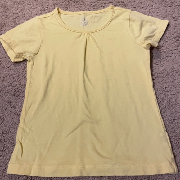 5/$15- The Children's Place t-shirt size small
